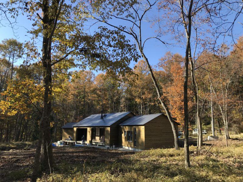 原村の別荘「山の家:静と動の同居」