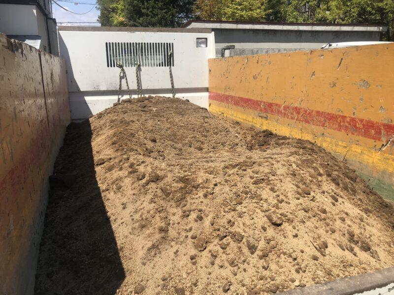 良質土の搬入