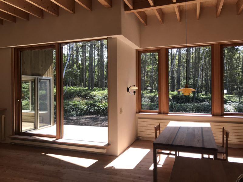木製の開口部 自然に還る家 原村