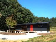 片流れ屋根の家[別荘]