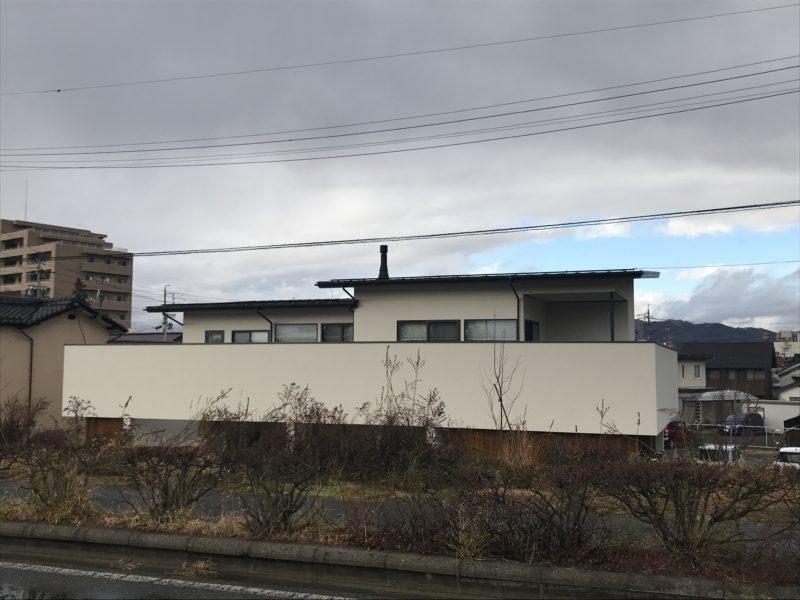 川辺のコートハウス 松本市
