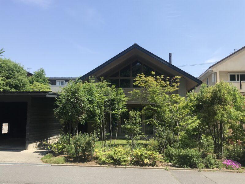 三角屋根の家 松本市