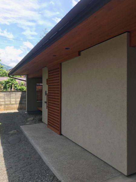 松本市 住宅設計 玄関
