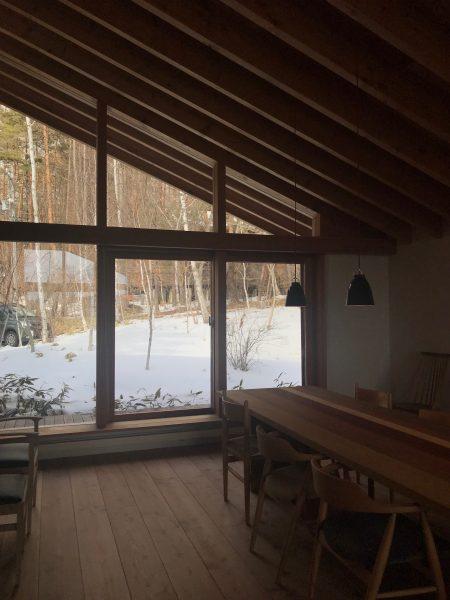 別荘の設計 蓼科高原 ダイニング 建築家のアトリエ