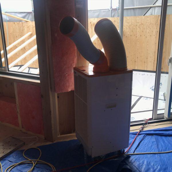 工事現場の冷房機