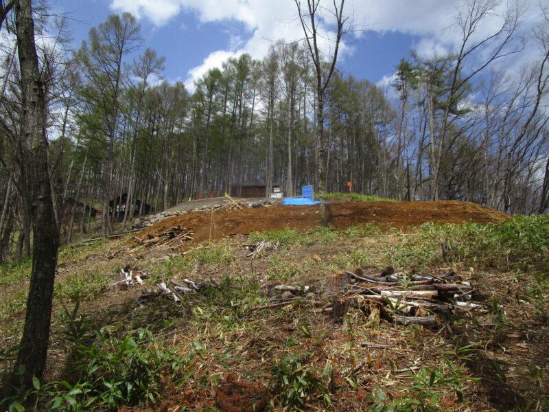 工事中の現場 蓼科高原の別荘「森の展望コテージ」