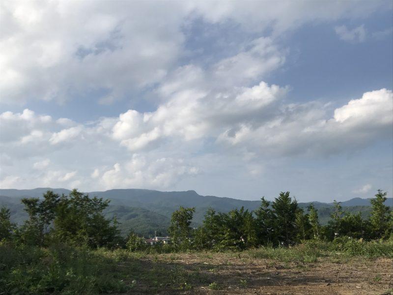 敷地から見える霧ヶ峰連邦