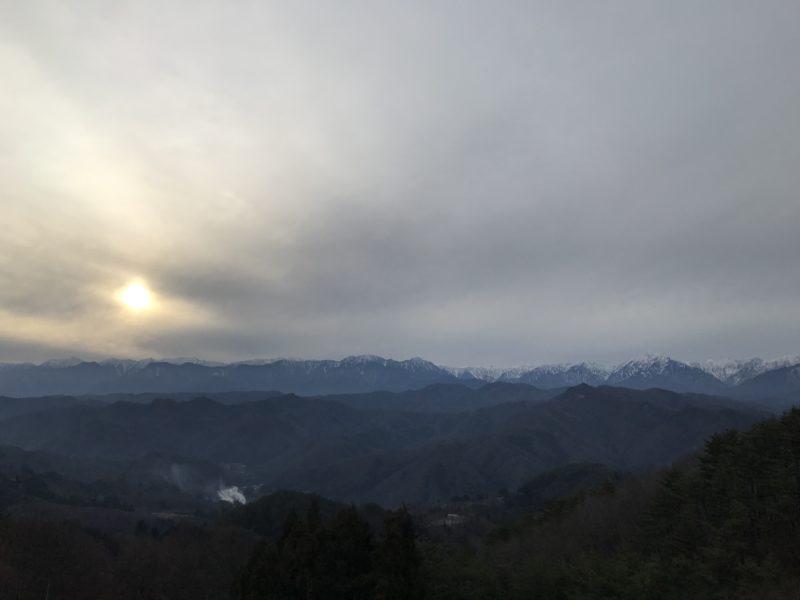 長野市大岡から見る北アルプス