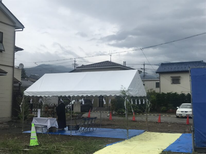 地鎮祭「深い軒の片流れ」松本市