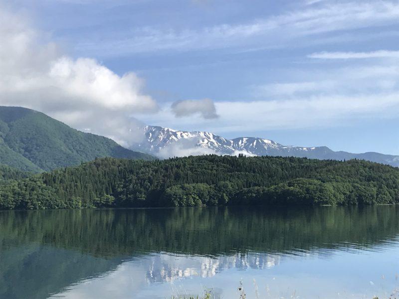 青木湖と北アルプス 2020.6.17